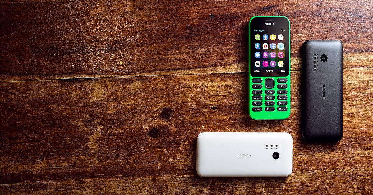 Nokia 215 is running Opera Mini.