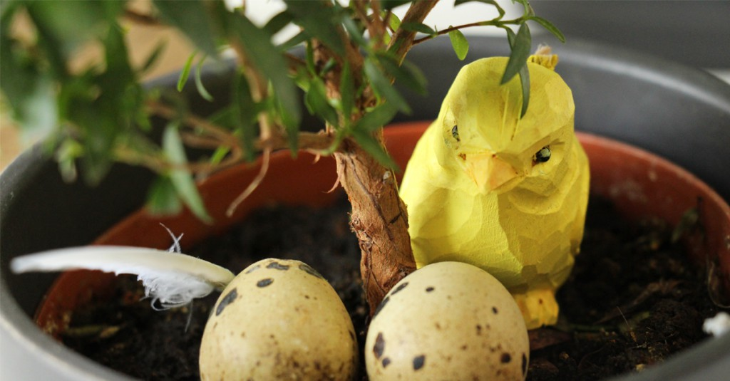 Easter bird and Easter eggs in Opera's office