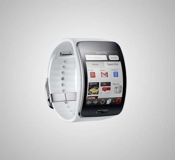 Opera Mini - первый браузер на часах Samsung Gear S